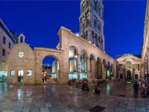 Split Town By Night